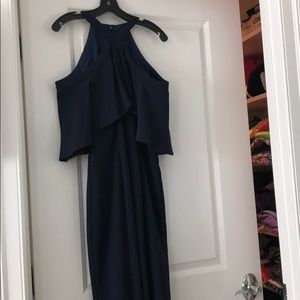This is a brand new Carmen Marc Valvo navy gown